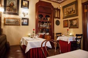 Restoran-Na-Cosku-At-The-Corner-Restaurant-4